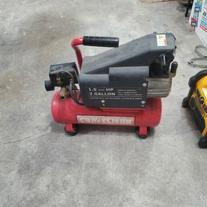 Craftsman 2 Gallon Air Compressor for Sale in Puyallup, WA