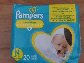 Pampers Newborn for Sale in Elizabeth,  NJ