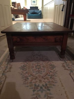 Antique coffee table for Sale in Pennington, NJ