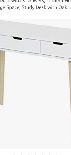 TIPTIPER White Writing Desk for Sale in Woolwich Township,  NJ
