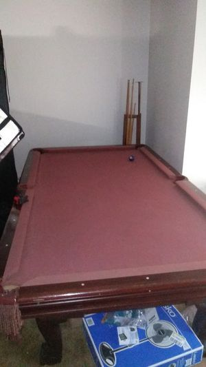 Pool table $150 8ft wood slat for Sale in Detroit, MI