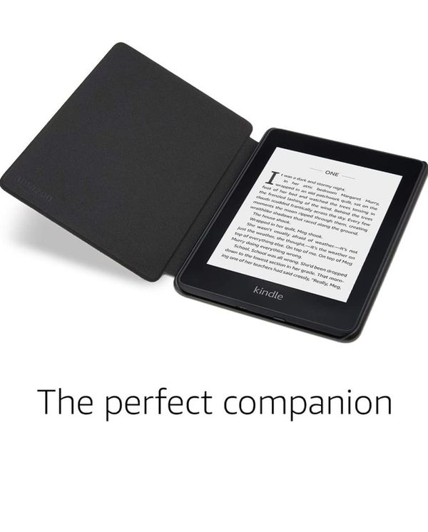Kindle Paperwhite with Case (Amazon's Waterproof E Reader)