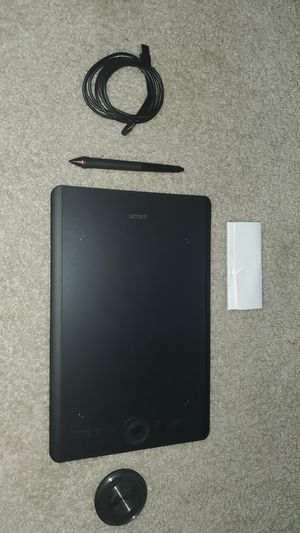 WACOM INTUOUS PRO (Medium.) for Sale in Northeast Raleigh, NC