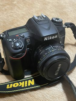 Nikon D7100 w/accessories for Sale in Los Angeles,  CA