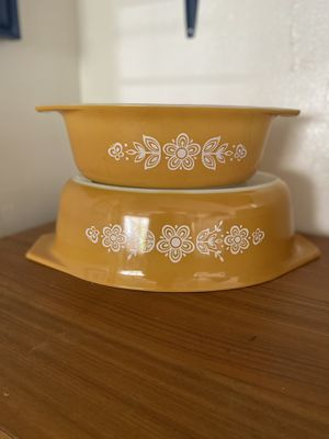 Pyrex Gold Butterfly Casserole Set for Sale in Deerfield Beach, FL