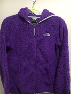 North Face osito fleece jacket purple w/Hoodie Women's Size Small for Sale in Canton, GA