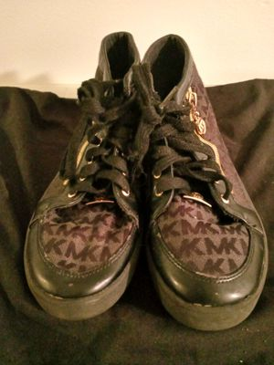 MICHAEL KORS SHOES for Sale in Brownsville, TX