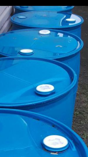 $18ea 55 gallon heavy duty plastic drums no chemical for Sale in Rosemead, CA