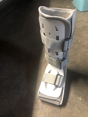 Free Aircast Walking Boot for Sale in San Jose, CA