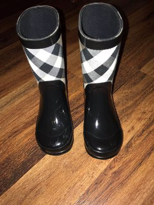 Burberry Boots size 9 kids for Sale in East Saint Louis, IL