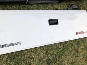 ORIGINAL FACTORY * NEVER USED TAILGATE 1994 GMC SIERRA 1500 for Sale in Fullerton, CA