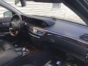 Parting out my 2010 mercedes Benz S550 for Sale in Brooklyn, NY