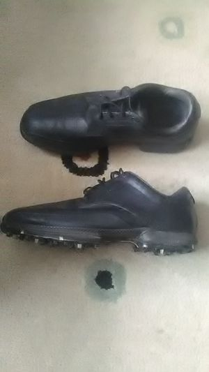 Nike golf shoes 9,5 worn 6 times for Sale in Council Bluffs, IA