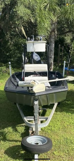2000 16ff aluminum flats boat 40hp Nissan for Sale in Dade City, FL
