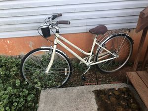 Schwinn 5 speed beach cruiser for sale. Rode 3 times. Needs a bath but in good shape! for Sale in Madison Heights, VA