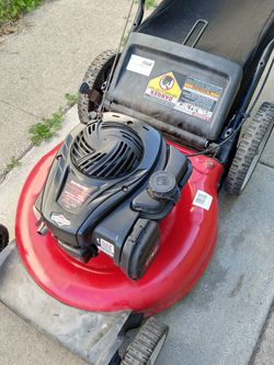 "Yard Machines 140cc (21"") (fully maintenance) (ready to mow) Lawn Mower for Sale in Stanton,  CA"