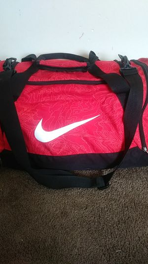Nike tempo duffle bag for Sale in Cleveland, OH