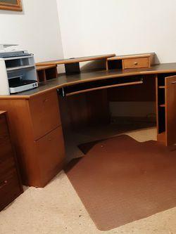 Corner Desk for Sale in Maple Valley,  WA