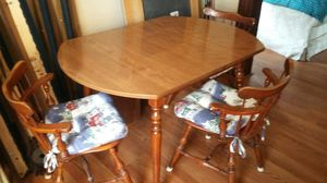 Kitchen Table with Chairs.--- Ethan Allen for Sale in Huntington, IN
