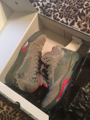 jordan 5 olive green camo for Sale in Humble, TX