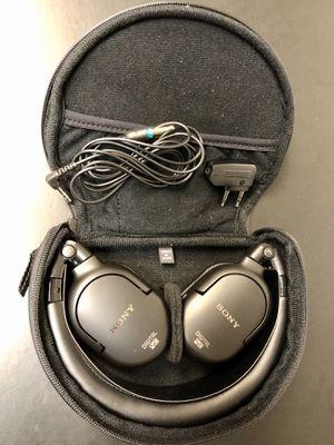 Sony MDR-NC200D Digital Noise-Canceling Headphones. for Sale in Phoenix, AZ