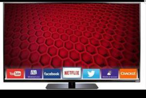 Excellent Condition, scratch free 60 Inch Vizio LED TV! for Sale in Vienna, VA
