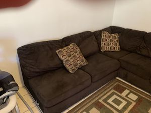 (3) piece sectional couch for Sale in Lemon Grove, CA