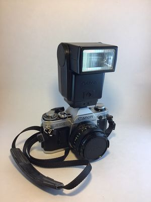 Canon AE - 1 35mm w/ 50mm lens for Sale in Sewell, NJ