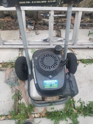 Honda pressure washer for Sale in Coral Gables, FL