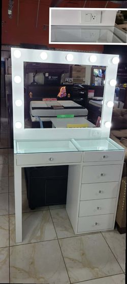 vanity set for Sale in Pomona,  CA
