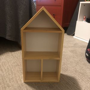 Wood display/ doll house for Sale in Murray, UT