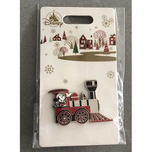 santa Mickey Mouse Christmas train disney pin for Sale in Tustin, CA