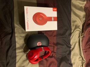 Beats studio 3 wireless for Sale in Newman, CA