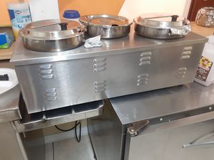 APW Wyott Commercial Countertop Food Warmer with Inserts! for Sale in Dallas, TX