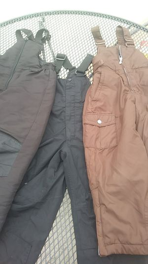 Snow overalls size youth Medium size 10 bibs for Sale in Huntington Park, CA