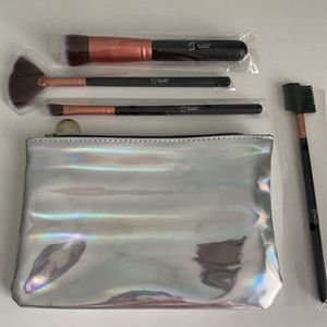 Bestope Makeup Brushes and holographic make up bag for Sale in Newport News, VA