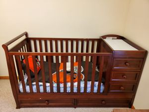 Baby Crib for Sale in North Ridgeville, OH