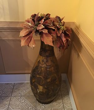 Big vase for Sale in Lawrenceville, GA