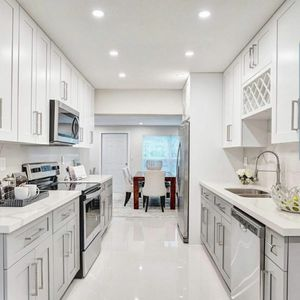Kitchen cabinets Vanities Pantries for Sale in Miromar Lakes, FL