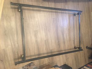 MENTAL QUEEN/FULL/TWIN ADJUSTABLE BED FRAME for Sale in Highland, UT
