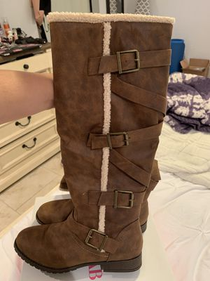 Women's Boots Brown Color for Sale in Fontana, CA