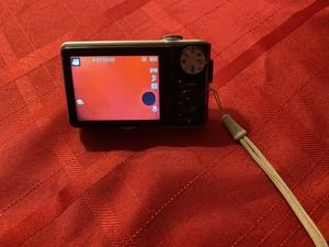 Samsung point and shoot camera for Sale in Harwinton, CT