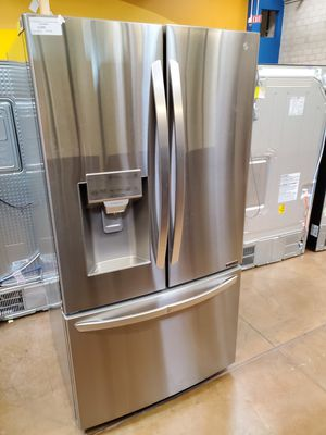 LG French Door Refrigerator for Sale in Rancho Cucamonga, CA