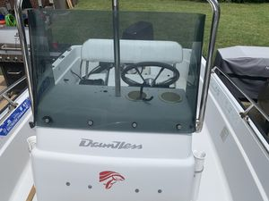 1994 Boston whaler 15ft center console for Sale in Charlotte, NC