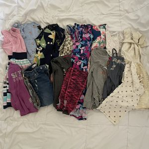 Lot Of girl clothes size 6 for Sale in Goodyear, AZ