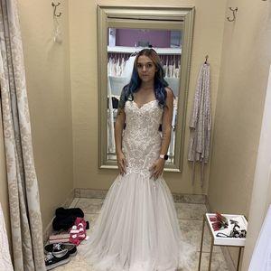 WTOO wedding dress Size 8 for Sale in Mesa, AZ