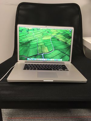 """17"""" Macbook Pro // Great for CODING / Editing / School Laptop for Sale in Schaumburg, IL"""