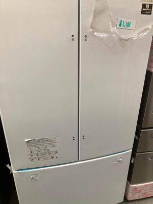 Samsung Fridge 25.5 Cu. Ft. French Door Refrigerator with Internal Water Dispenser for Sale in Whittier, CA