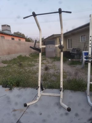 Pull up and dip bar for Sale in Los Angeles, CA