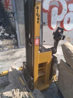 Big Joe forklift/palatjack for Sale in Oakland, CA